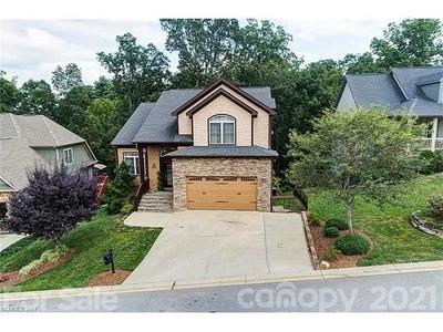 16 Stone House Rd, Arden, NC 28704