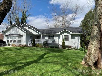 206 Pinner Rd, Arden, NC 28704