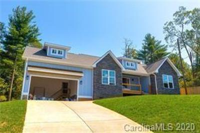 6 Weather Wood Dr, Arden, NC 28704