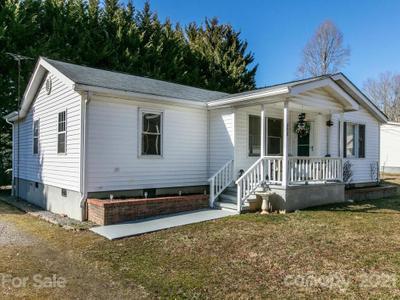 200 Mccoy Cove Rd, Black Mountain, NC 28711