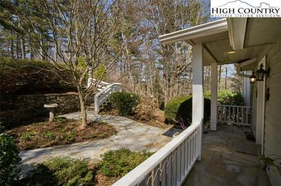 126 Hill Top Ln Image 3 of 45