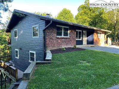1315 Niley Cook Rd, Blowing Rock, NC 28605