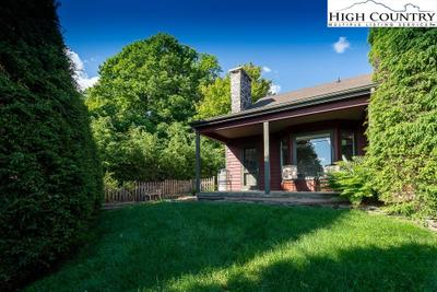 136 Chestnut Hill Dr #K, Blowing Rock, NC 28605