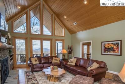 242 Highland Ridge Rd Image 6 of 47