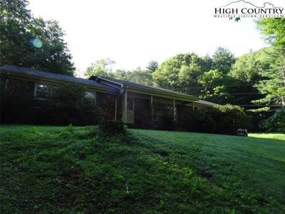 261 Mack Hampton Rd Image 2 of 40