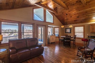 356 Grovers Knob, Blowing Rock, NC 28605