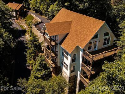 371 Green Hill Woods Image 5 of 44