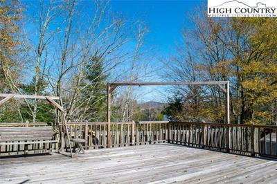403 Summer Haven Ln, Blowing Rock, NC 28605