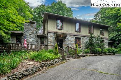 536 Goforth Rd, Blowing Rock, NC 28605