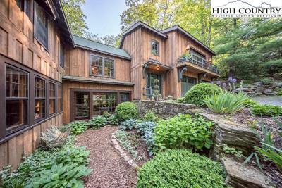 768 Goforth Rd, Blowing Rock, NC 28605