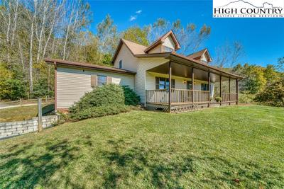 1446 Meat Camp Rd, Boone, NC 28607