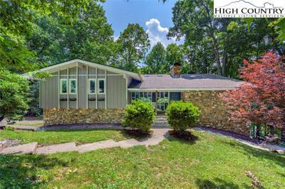 180 Ridge Point Dr, Boone, NC 28607