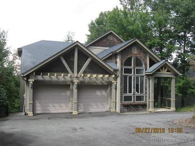 242 Crestwood Forest Dr, Boone, NC 28607