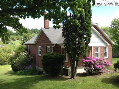 252 Pine Hill Rd, Boone, NC 28607