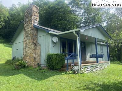 4611 Rich Mountain Rd, Boone, NC 28607
