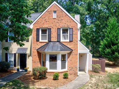 1 Forest Glen Dr #30, Chapel Hill, NC 27517