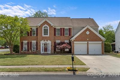 3830 Manor House Dr, Charlotte, NC 28270