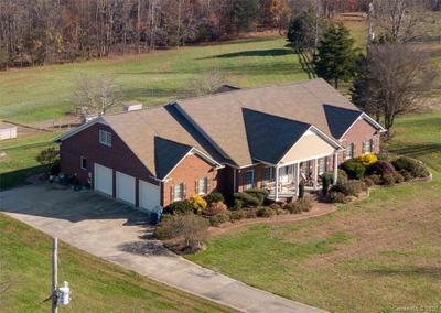 2715 Wheatfield Pl, Concord, NC 28025