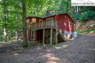 221 Horse Shoe Ridge Rd W, Deep Gap, NC 28618