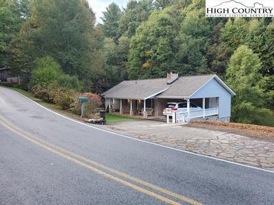 235 Elk Creek Rd, Deep Gap, NC 28618