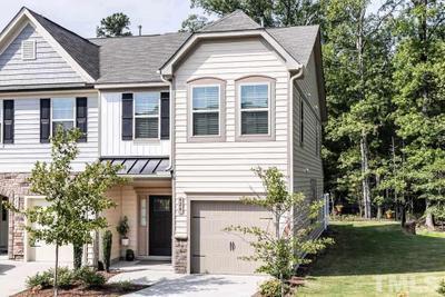 424 Irving Way, Durham, NC 27703 MLS #2397780 Image 1 of 30