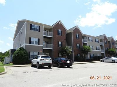 616 Marshtree Ln #301, Fayetteville, NC 28314