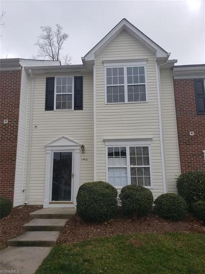 140 Queensberry Ct, Greensboro, NC 27405
