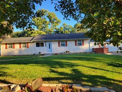 1405 Clegg St, Greensboro, NC 27407