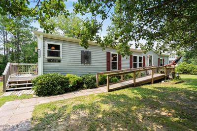 410 Creek Dr, Hampstead, NC 28443