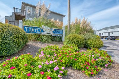 205 Lazy Day Dr, Surf City, NC 28445