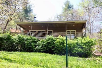 660 Christian Creek Rd, Swannanoa, NC 28778