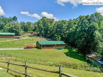 481 Clyde Cornett Rd, Vilas, NC 28692
