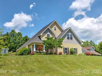 23 Willow Branch Ln, Weaverville, NC 28787