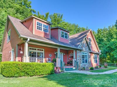 77 Ox Bow Xing, Weaverville, NC 28787