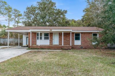 121 Greenview Dr, Wilmington, NC 28411