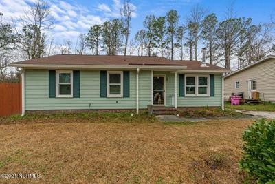 230 Candlewood Dr, Wilmington, NC 28411