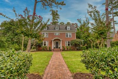 305 Forest Hills Dr, Wilmington, NC 28403