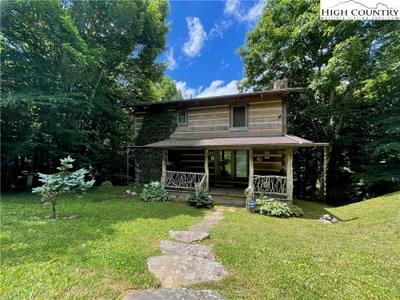 2774 Rich Mountain Rd, Zionville, NC 28698