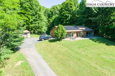 437 Paradise Valley Rd, Zionville, NC 28698 MLS #231272 Image 1 of 26