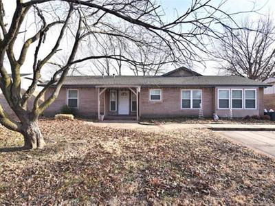 13617 S 287th East Ave, Coweta, OK 74429