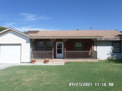2434 Townsend Dr, El Reno, OK 73036