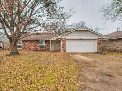 8812 Raven Ave, Oklahoma City, OK 73132
