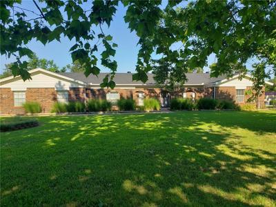 27 Willowbrook, Shawnee, OK 74804