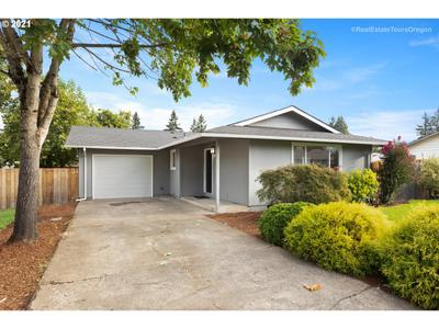 1140 Ne 9th Pl, Canby, OR 97013