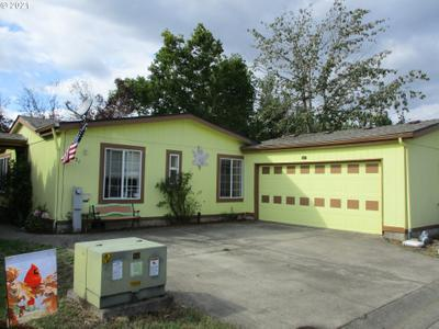 1655 S Elm St #521, Canby, OR 97013