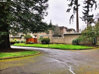 1500 Norkenzie Rd #56, Eugene, OR 97401