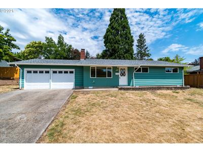 405 W 28th Ave, Eugene, OR 97405