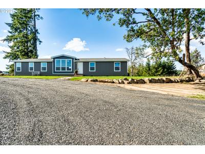 26281 High Pass Rd, Junction City, OR 97448