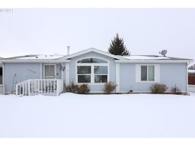 2708 N Greenwood St, La Grande, OR 97850