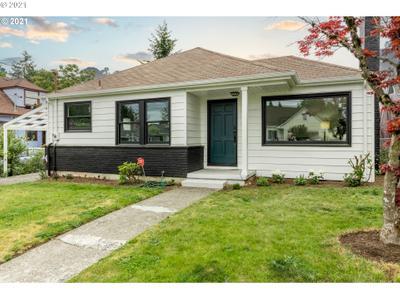 5840 Ne 17th Ave, Portland, OR 97211